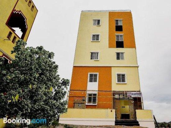 Fotografías de SPOT ON 45889 Sri Daksha Inn - Fotos de Muthirevula - Tripadvisor