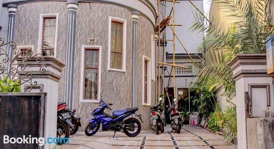 OYO 90019 Nana Guest House Resimleri - Makassar Fotoğrafları - Tripadvisor