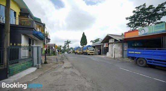 Fotos de SPOT ON 2327 Dome Hotel – Fotos do Sukapura - Tripadvisor