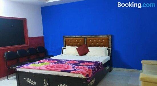 Fotografías de SPOT ON 80587 Four Star Residency - Fotos de Ghaziabad - Tripadvisor