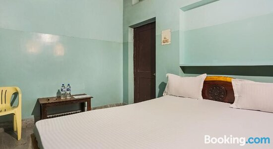 Pictures of SPOT ON 43309 Indra Bhawan Lodge - Cuttack Photos - Tripadvisor
