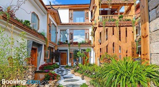 Property building - Jushe Inn, 리장 사진 - 트립어드바이저