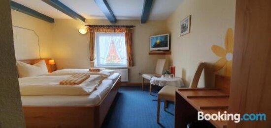 Herzlich willkommen im Schatthaus - Picture of Hotel Garni Schatthaus, Greetsiel - Tripadvisor