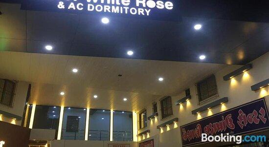 Pictures of Hotel White Rose & Dormitory - Surat Photos - Tripadvisor