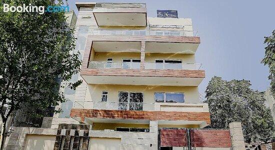 Pictures of Collection O 80371 SK Hospitality - Gurugram (Gurgaon) Photos - Tripadvisor