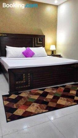 Billeder af Luxury Suites Guest House – Billeder af Islamabad - Tripadvisor
