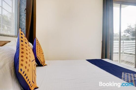 Pictures of SPOT ON 77586 Royal Inn Lodging - Pune Photos - Tripadvisor