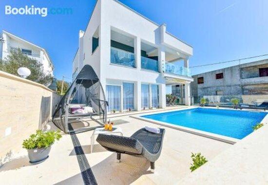Εικόνες του Apartments Sunny By The Sea – Φωτογραφίες από Zaton - Tripadvisor