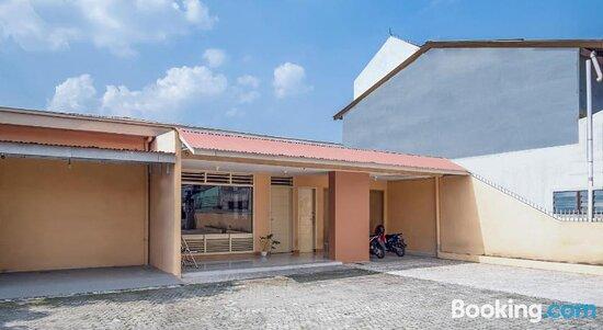 Foto's van OYO 1249 Guest House 66 – foto's Medan - Tripadvisor