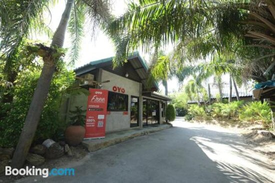 Pictures of OYO 522 Waaina Resort - Rayong Photos - Tripadvisor