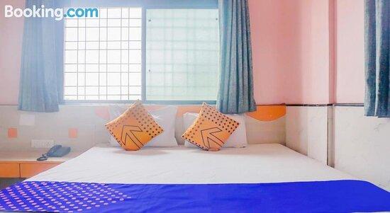 Foto's van SPOT ON 79875 Hotel Mahindra – foto's Ahmednagar - Tripadvisor