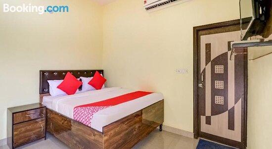 Foto's van OYO FAR307 Hotel Luv Point – foto's Faridabad - Tripadvisor