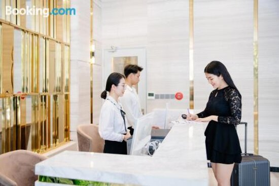Tripadvisor - صور مميزة لـ Adela Hotel - My An صور فوتوغرافية
