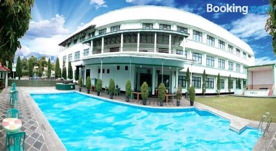 Capital O 90530 Ayong M Linggarjati Hotelの画像 - シリムスの写真 - トリップアドバイザー