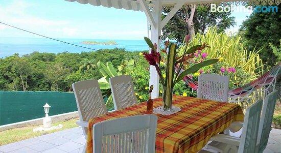 Bilder von Les Petites Fleurs de Poirier – Fotos von Basse-Terre Island - Tripadvisor
