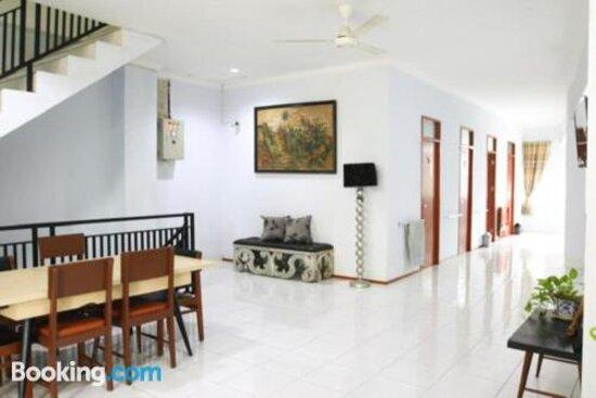 Wisma Rumah Kitaの画像 - パダンの写真 - トリップアドバイザー