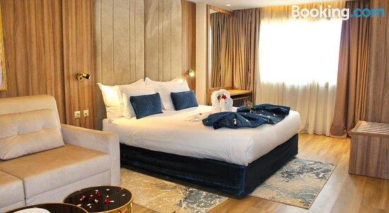 Tripadvisor - תמונות של First Suites Hotel - רבאט תצלומים