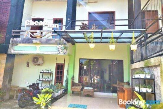 Снимки Cheap Inn Banyuwangi – Баньюванги фотографии - Tripadvisor
