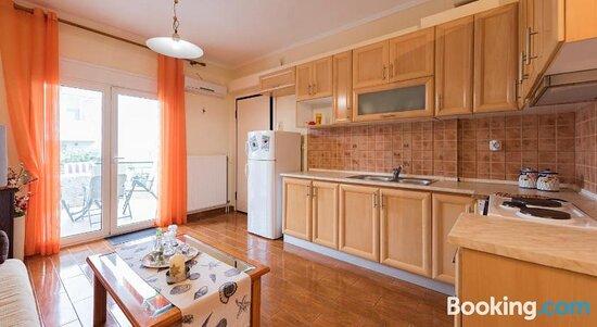 Tripadvisor - תמונות של Peramos Apartments - Nea Peramos תצלומים