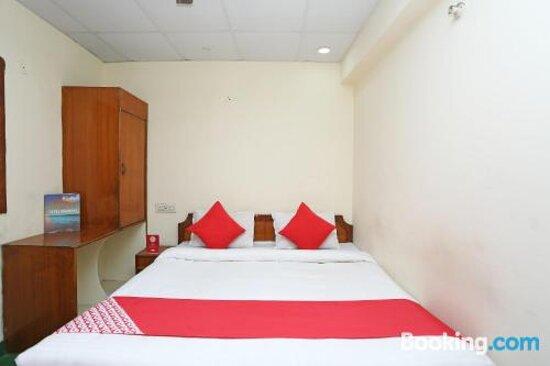 Tripadvisor - תמונות של OYO 16897 Hotel Shubham Continental - גווליור תצלומים