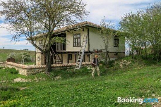 Botev Houses Resimleri - Mirovets Fotoğrafları - Tripadvisor