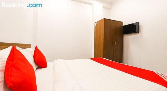 Pictures of OYO 71520 Paradise Inn - New Delhi Photos - Tripadvisor
