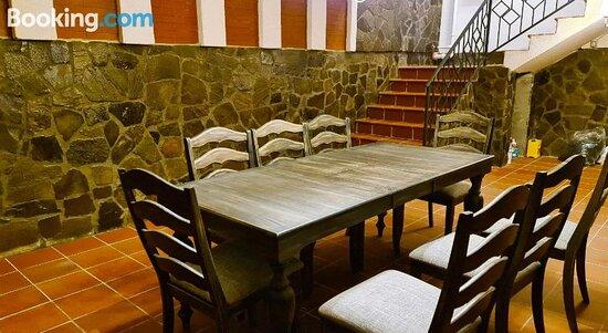 Снимки Stejarro Conac Moldovenesc – Stejaru фотографии - Tripadvisor