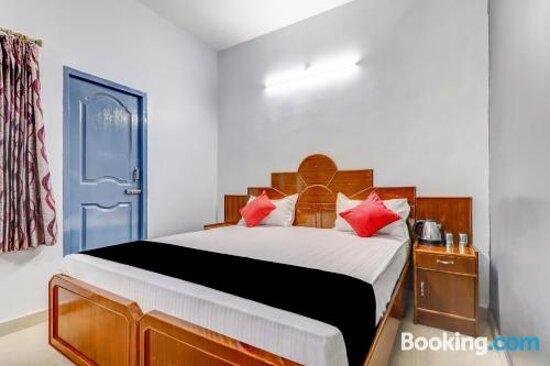 Tripadvisor - תמונות של Capital O 79102 Krish Holiday Inn - ירקוד תצלומים