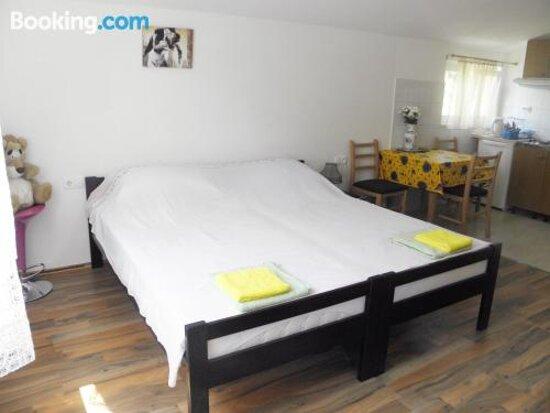 Tripadvisor - תמונות של Apartments Mani - טרוגיר תצלומים