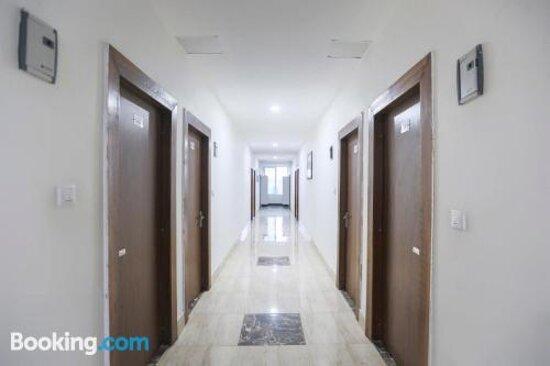 Capital O 64120 Hotel Noida Suitesの画像 - ノイダの写真 - トリップアドバイザー