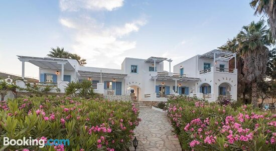 Big Blue Rooms & Kokomo Bar Restaurantの画像 - アンティパロス島の写真 - トリップアドバイザー
