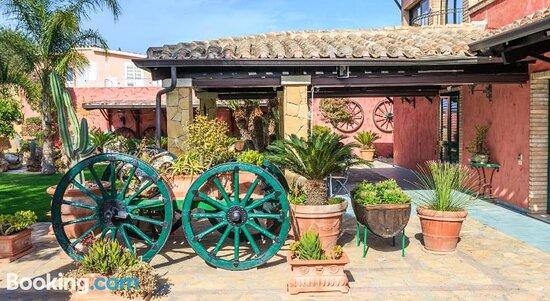Ảnh về Casa Vacanza Villa Flumini - Ảnh về Sardinia - Tripadvisor