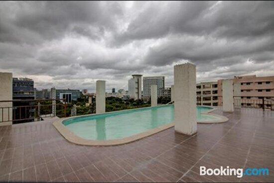 Снимки Arostays Chris Hotel – Бангалор фотографии - Tripadvisor