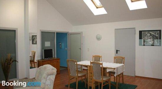 Снимки Naturfreundehaus Weilheim und Krug's Family Hostel – Weilheim фотографии - Tripadvisor