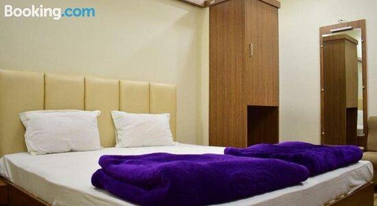 Pictures of OYO 80442 Hotel Rajmahal Inn - Jabalpur Photos - Tripadvisor