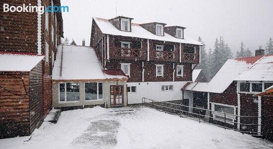 Pictures of Gremi Hotel - Yasinya Photos - Tripadvisor