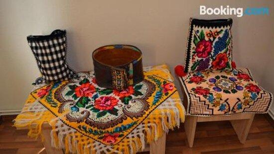 Pictures of Casa Vadeanu - Berbesti Photos - Tripadvisor