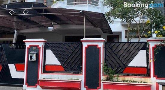 Pictures of OYO 90560 Pondok Bambu Residence Syariah - Jakarta Photos - Tripadvisor