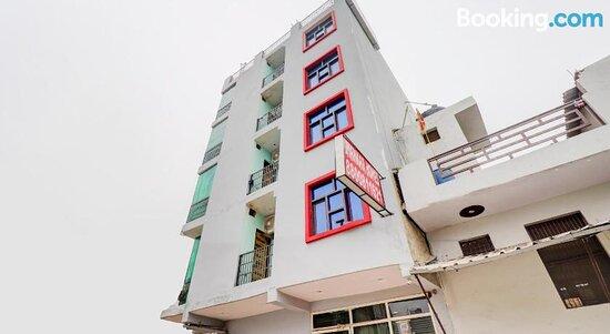 Снимки OYO Flagship 77415 Shankar Hotel – Газиабад фотографии - Tripadvisor