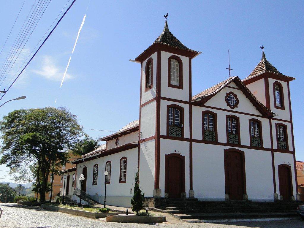 Perdões Minas Gerais fonte: media-cdn.tripadvisor.com