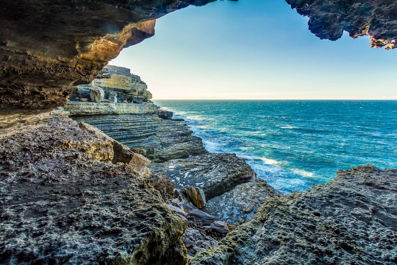 Sea caves at Shoalhaven