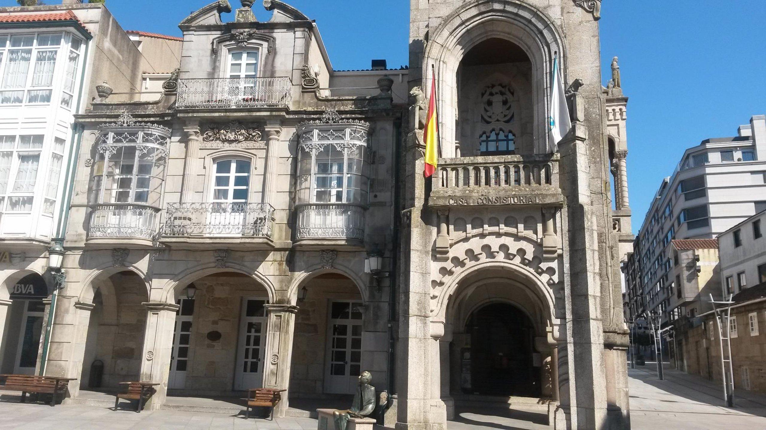 Resultado de imagen de ayuntamiento porriño pontevedra