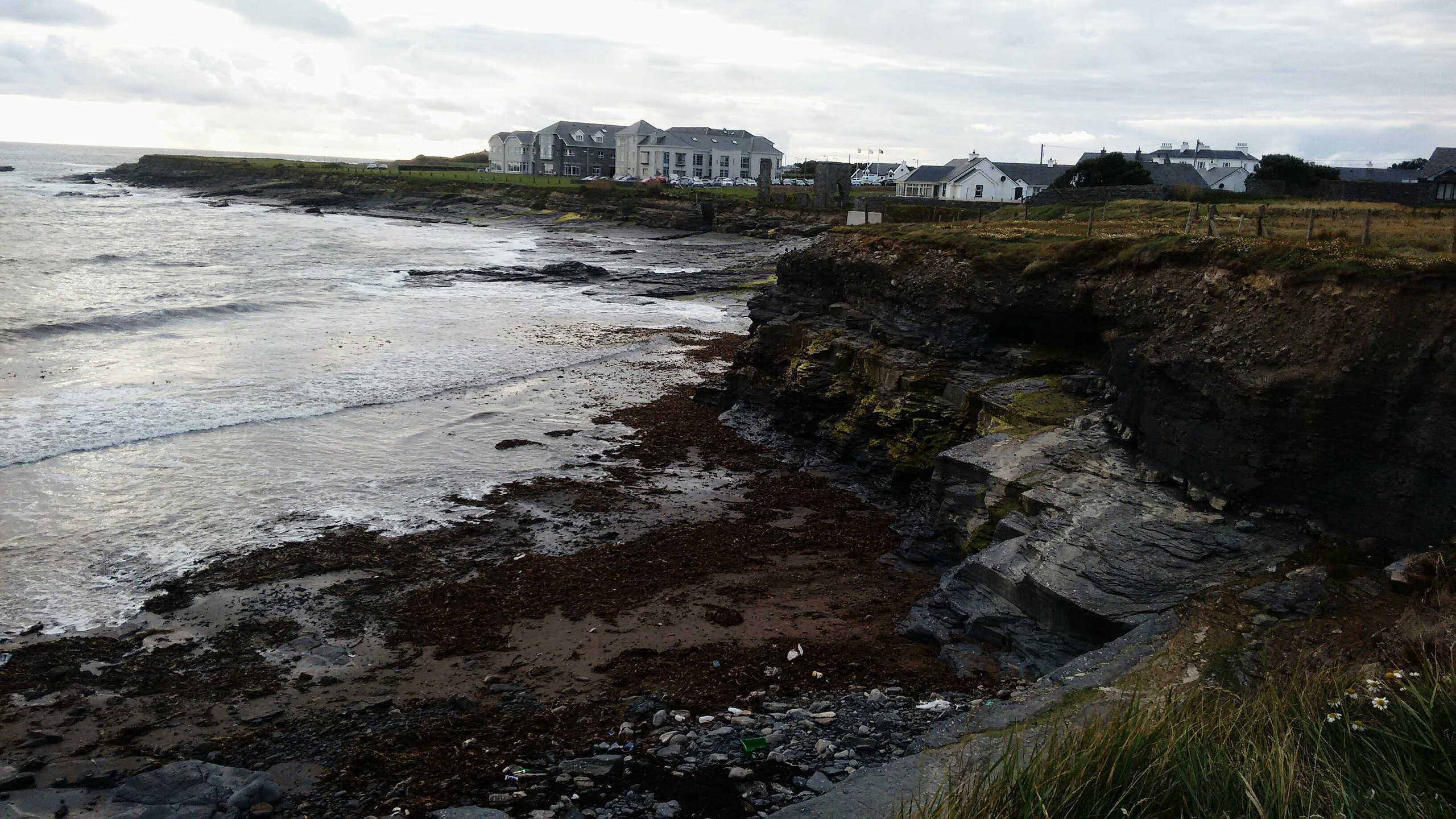 White Strand Beach | Miltown Malbay | UPDATED June 2020