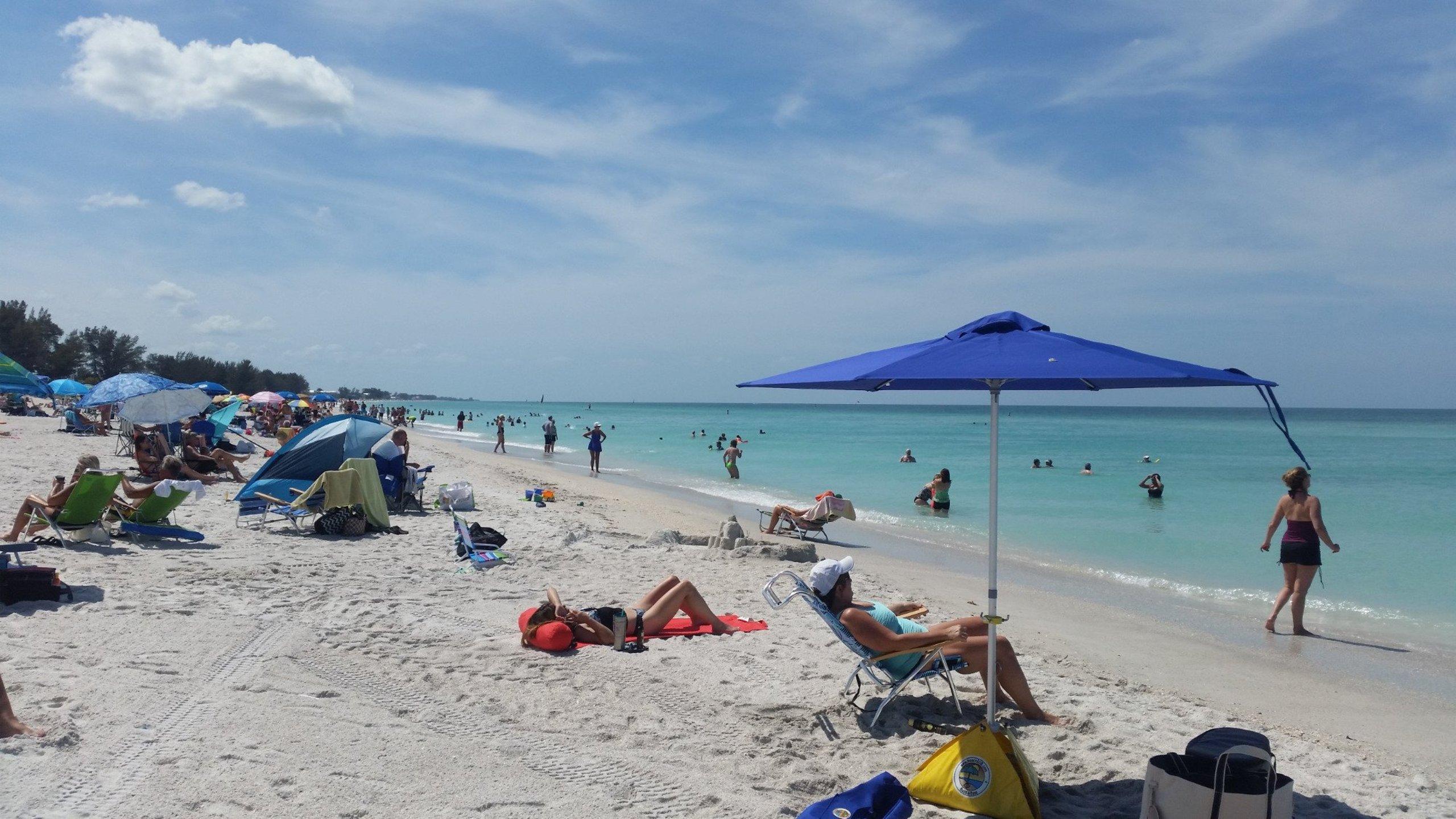 Manatee Public Beach Holmes