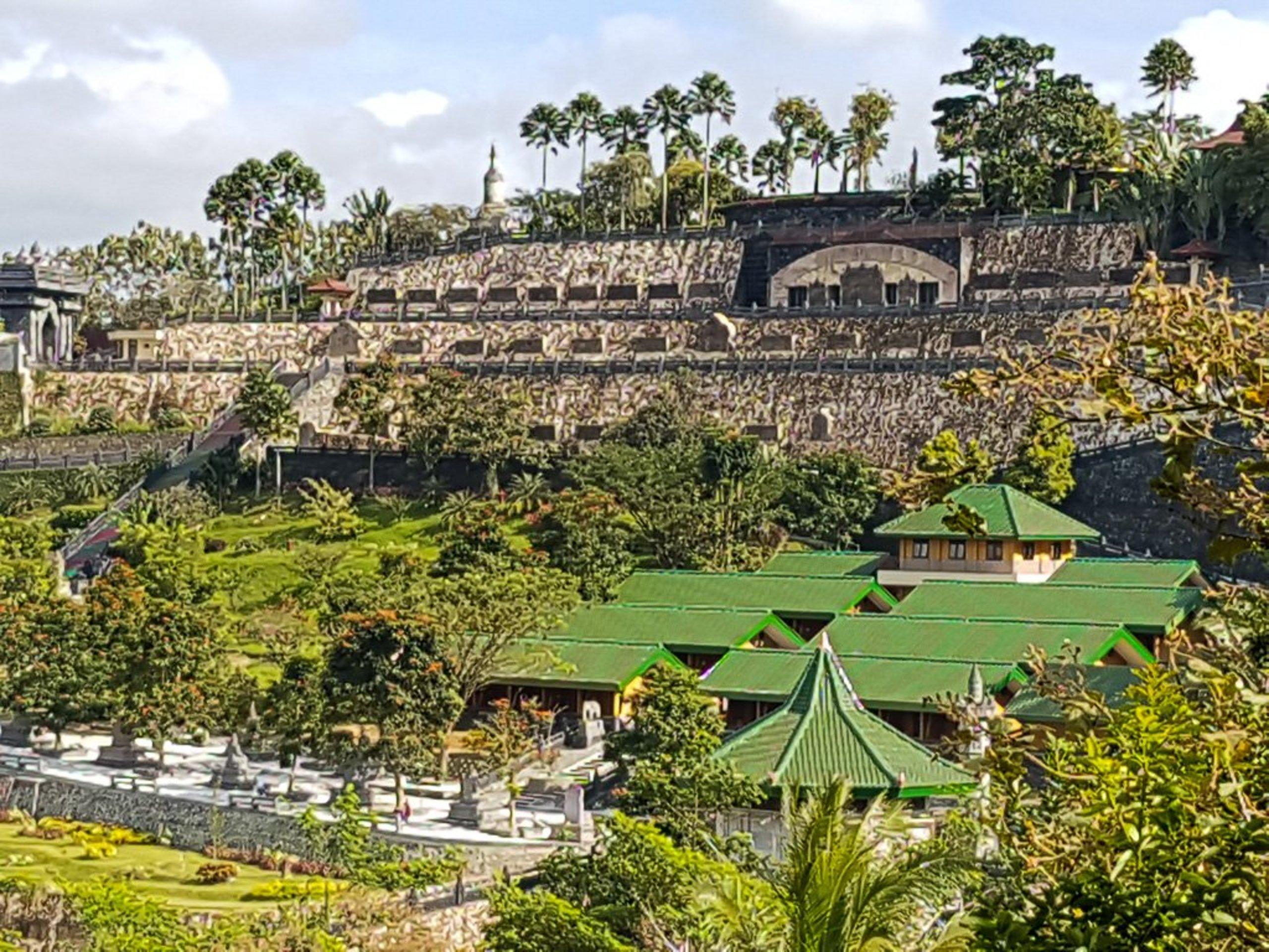 Spot On 1847 Hotel Maya Prices Reviews Blitar