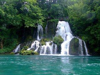 Reka Vrelo (One Year River - Reka Godina)