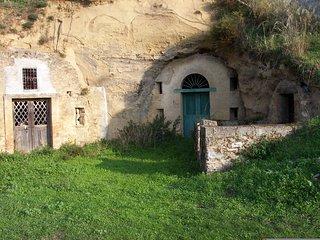 Le grotte di San Giorgio Lucano