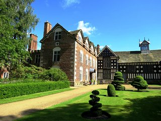 ‪Rufford Old Hall‬