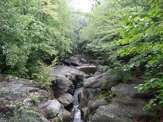 Sculptured Rocks Natural Area