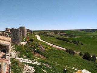 The Walls of Uruena